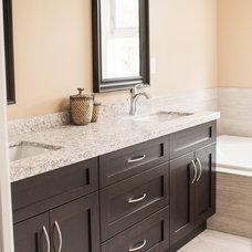 Contemporary Bathroom by Alderidge Construction Ltd.