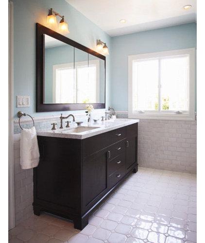 Traditional Bathroom by Richens Designs, Inc.