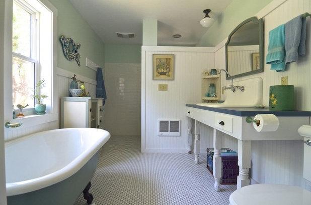 Avant apr s un cellier m tamorphos en salle de bains for Salle de bain 1930