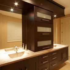 Modern Bathroom by Park Avenue Designs, Inc.