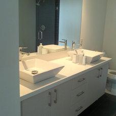Modern Bathroom by K Construction and Development