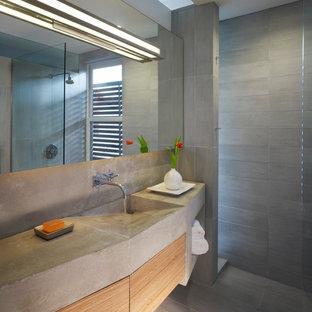 Неиссякаемый источник вдохновения для домашнего уюта: ванная комната в стиле лофт с столешницей из бетона