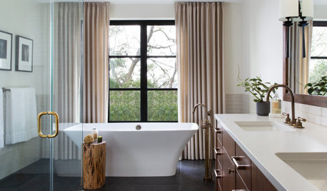 10 Features That Warm Up a Bathroom in Winter