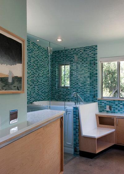 Contemporary Bathroom Ridgeway Residence