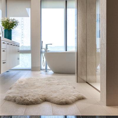Freestanding bathtub - contemporary freestanding bathtub idea in Minneapolis