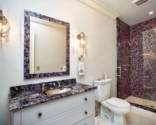 Salle de bain avec un plan de toilette violet photos et - Porte battant placard ...