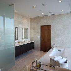 Modern Bathroom by Robert Bailey Interiors