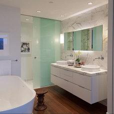 Contemporary Bathroom by Robert Bailey Interiors