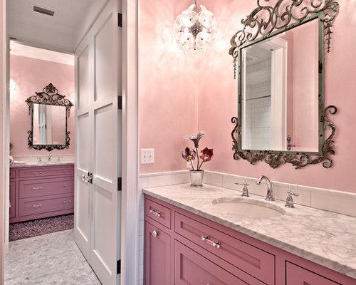 badezimmer mit granit waschbecken waschtisch und rosa wandfarbe design ideen beispiele f r. Black Bedroom Furniture Sets. Home Design Ideas