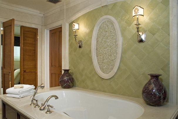 Mediterranean Bathroom by KellyBaron