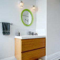 Contemporary Bathroom by Roundabout Studio Inc.
