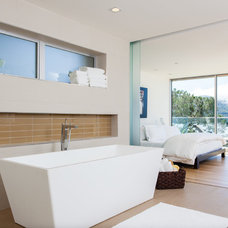 Modern Bathroom by Crescent Builders, Inc.