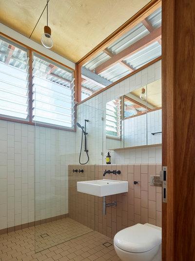 Contemporary Bathroom by Arcke Pty Ltd