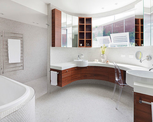 Contemporary chaise lounge chairs bathroom design ideas for Bathroom chaise lounge