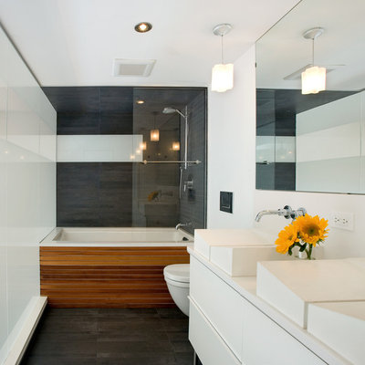 Minimalist bathroom photo in Denver with a vessel sink