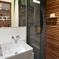 Modern Bathroom by S2 Architects