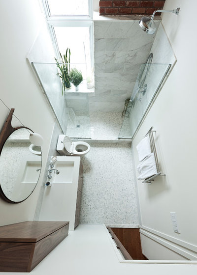 Traditional Bathroom by Gepetto