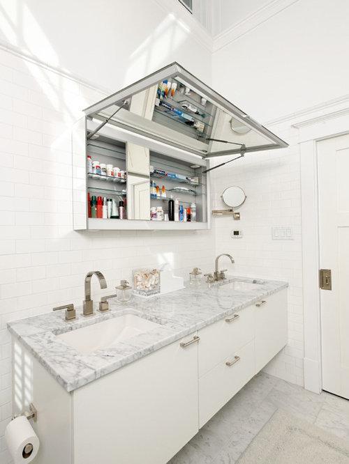 'Example of a trendy subway tile bathroom design in DC Metro' from the web at 'https://st.hzcdn.com/fimgs/5c11e1c00f22b18e_3343-w500-h666-b0-p0--.jpg'