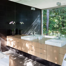 Modern Bathroom by splyce design