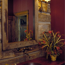 rustic bathroom by Design Associates - Lynette Zambon, Carol Merica