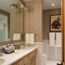 Rustic Bathroom by Rocky Mountain Log Homes