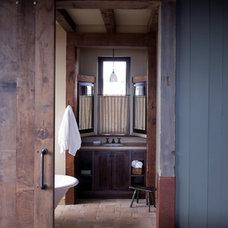 Eclectic Bathroom by RYAN ASSOCIATES GENERAL CONTRACTORS