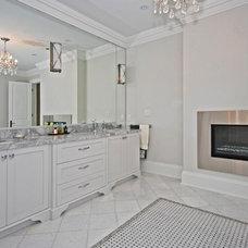 Contemporary Bathroom by La Mode Consultation Inc