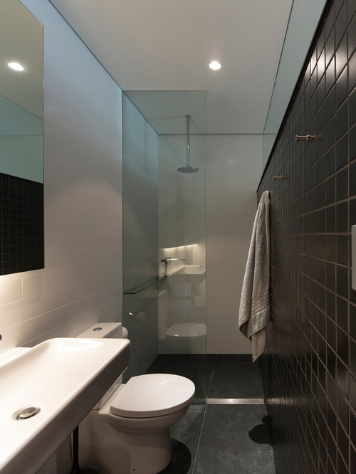 Narrow ensuite houzz for Ensuite toilet ideas