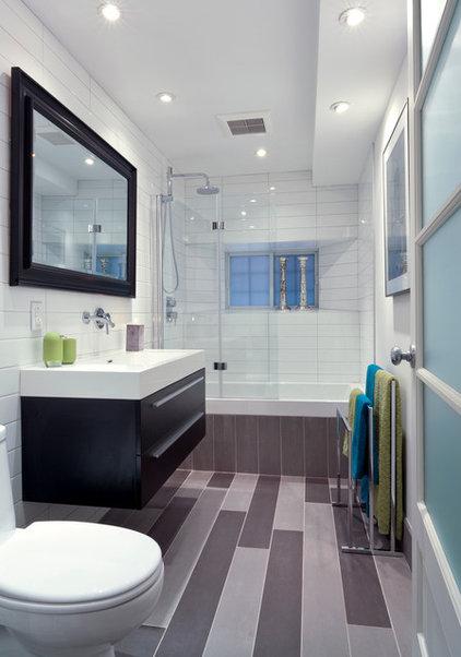 Contemporary Bathroom by Rénovation Deschênes