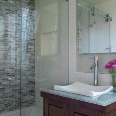 Contemporary Bathroom by Brian Dittmar Design, Inc.