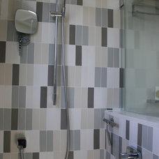 Midcentury Bathroom by Fiorella Design