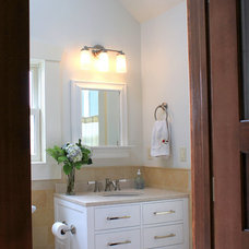 Traditional Bathroom by Architect Andrew Morrall