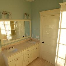 Traditional Bathroom by Thompson Studio Architects