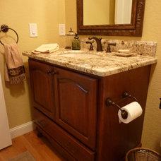 Traditional Bathroom by Signature Kitchen & Bath Design Inc.