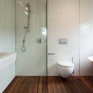 Trendy bathroom photo in Auckland