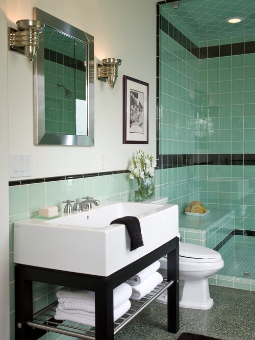 example of a coastal bathroom design in los angeles