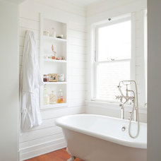 Craftsman Bathroom by Evens Architects