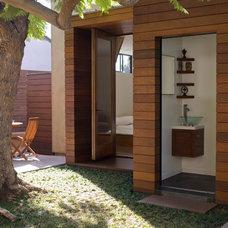 Contemporary Bathroom by Glynn Designbuild, Inc.