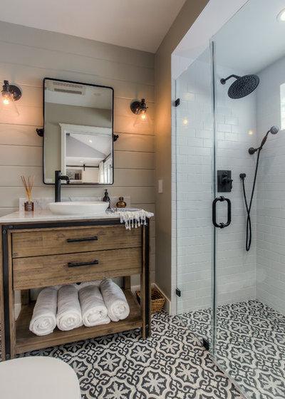 トランジショナル バスルーム by Spazio LA