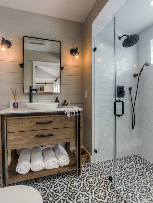 Bathrooms with walk in showers