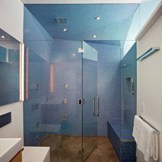 Modern Bathroom by Kevin Daly Architects