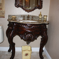 Traditional Bathroom by sunbay construction