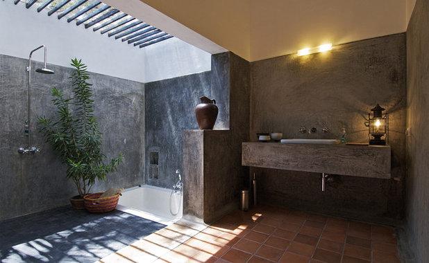 Industrial Bathroom by SPASM