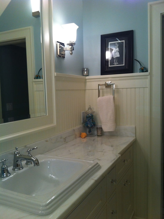 Traditional Beadboard In Bathroom Design Ideas Pictures Remodel Decor