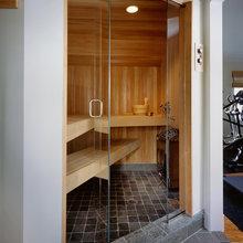 32: Sauna & Steam Bath