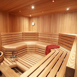 Idee per una grande sauna classica con pavimento con piastrelle in ceramica