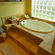 Traditional Bathroom by Lendry Homes