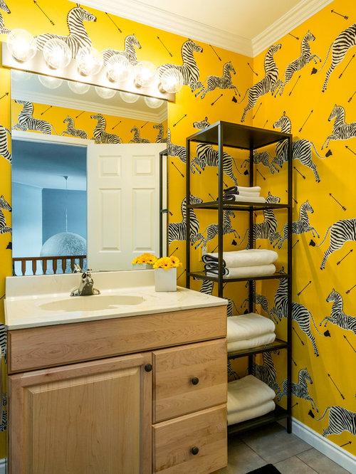 75 Trendy Scandinavian Family Bathroom with Laminate Worktops Design ...