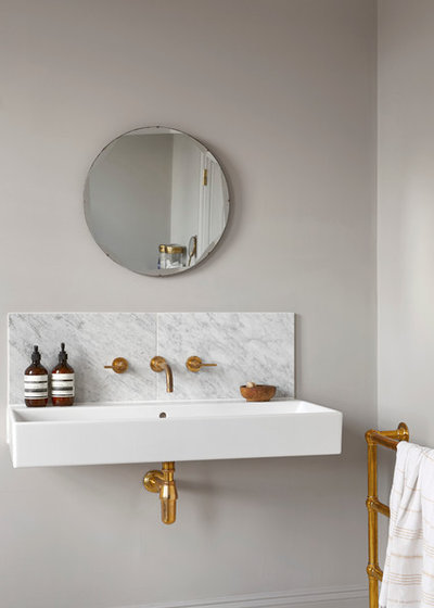 Scandinavian Bathroom by houseofgrey.co.uk
