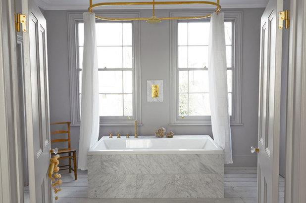 Krispigt vitt och varm mässing – inspireras av vårvintern i badrummet cd12f371c65ba